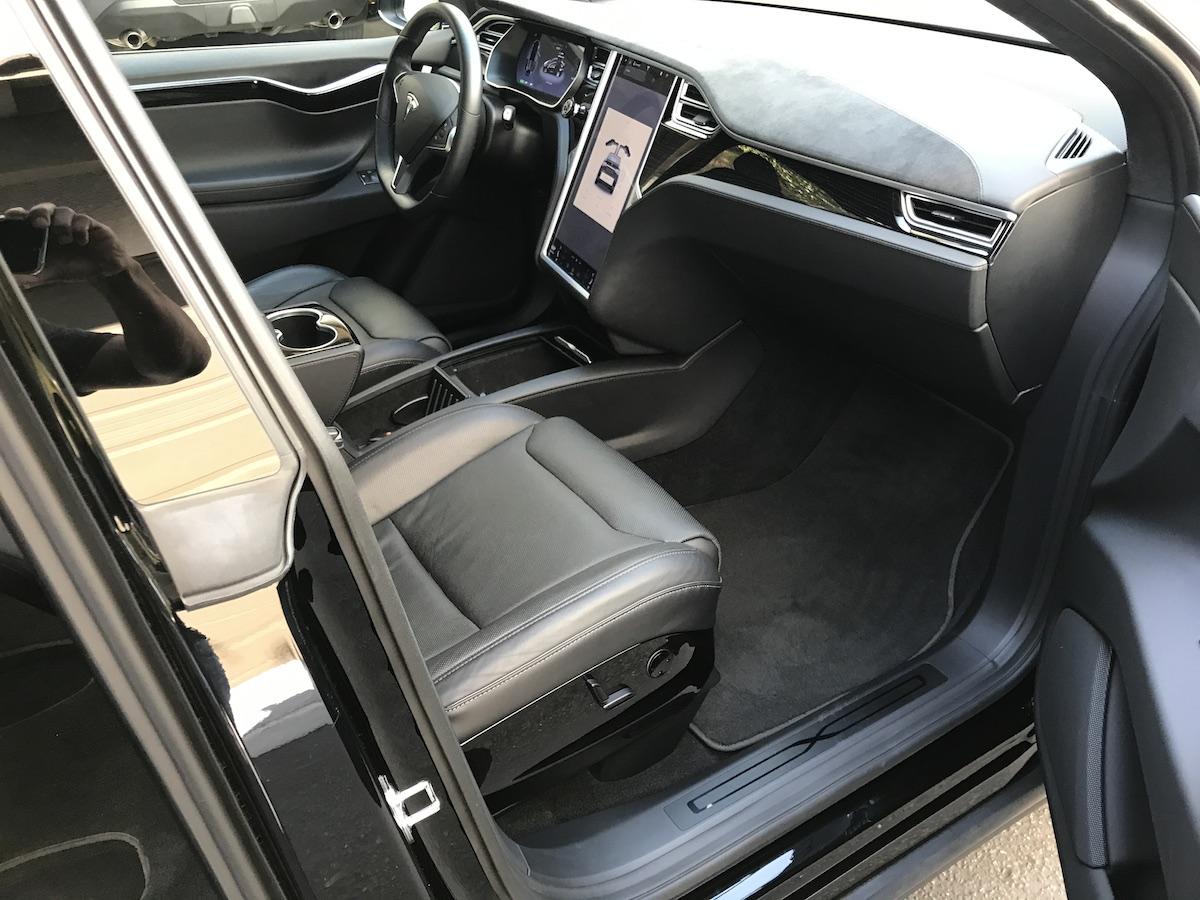 Model X 2016 Black 71b38 Only Used Tesla