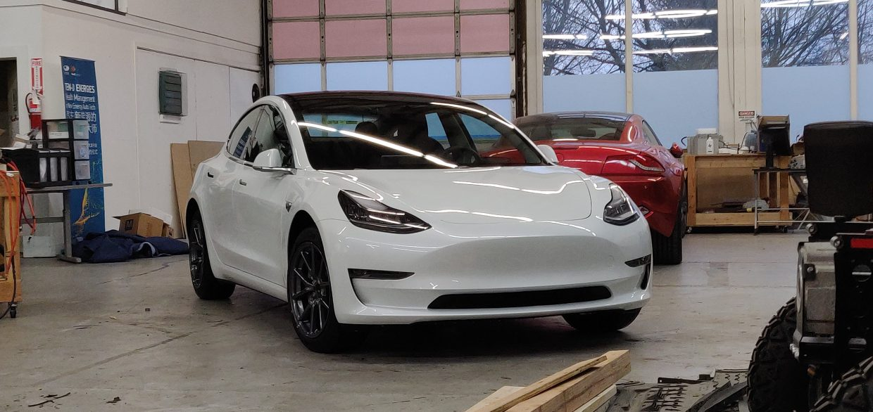 Model 3 / 2018 / WHITE - a6c13 | Only Used Tesla