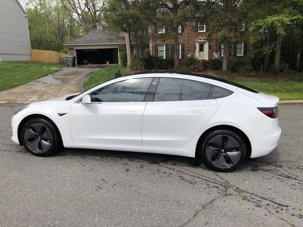 Model 3 / 2018 / Pearl White - b48df | Only Used Tesla