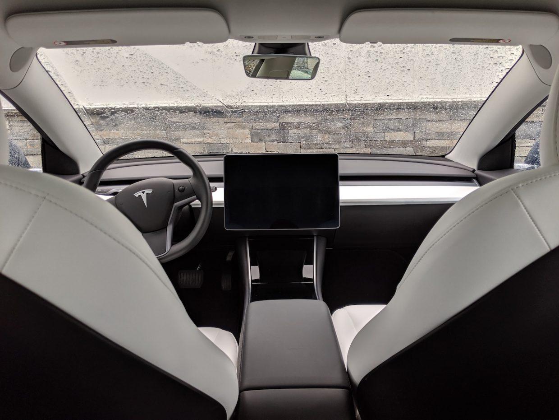 Model 3 / 2019 / Blue - 253f3   Only Used Tesla