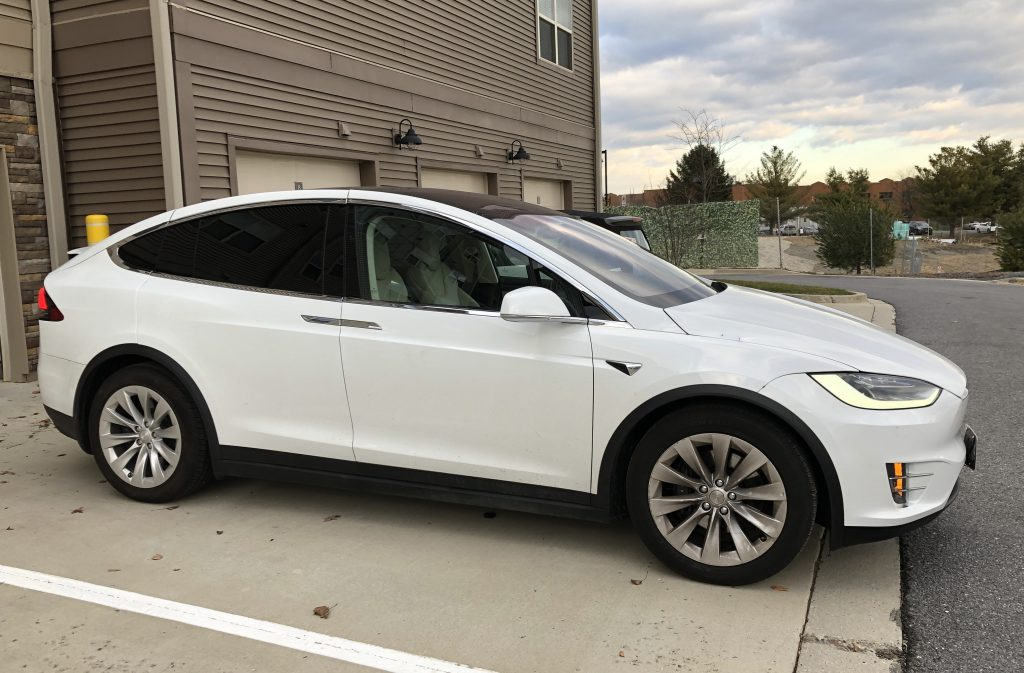 Model X 2018 Pearl White 89a76 Only Used Tesla