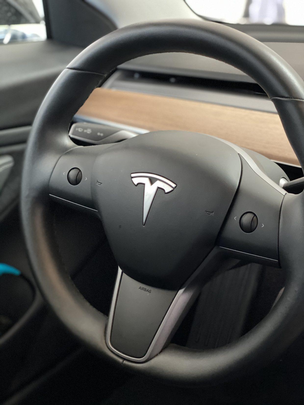 Model 3 / 2018 / BLACK - 16f14 | Only Used Tesla