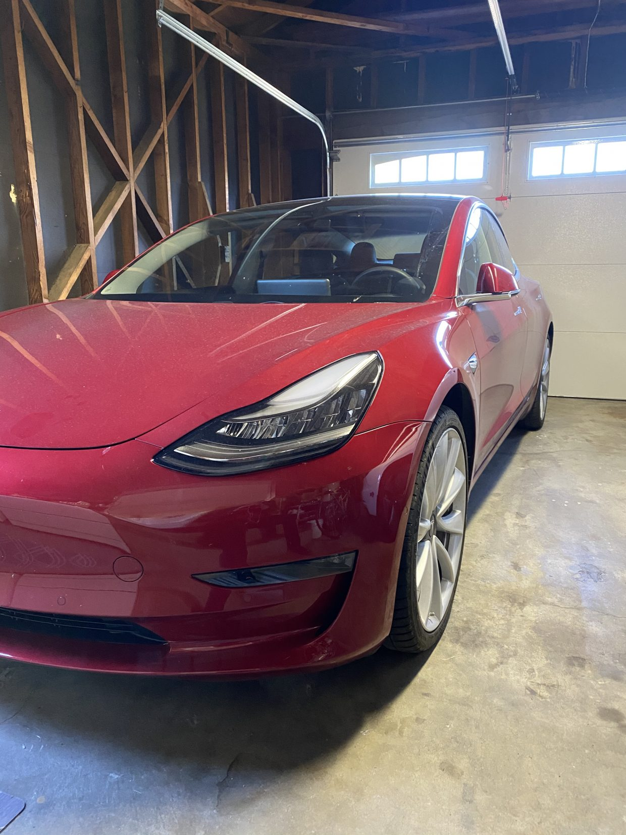 Model 3 / 2019 / RED - 548a6 | Only Used Tesla