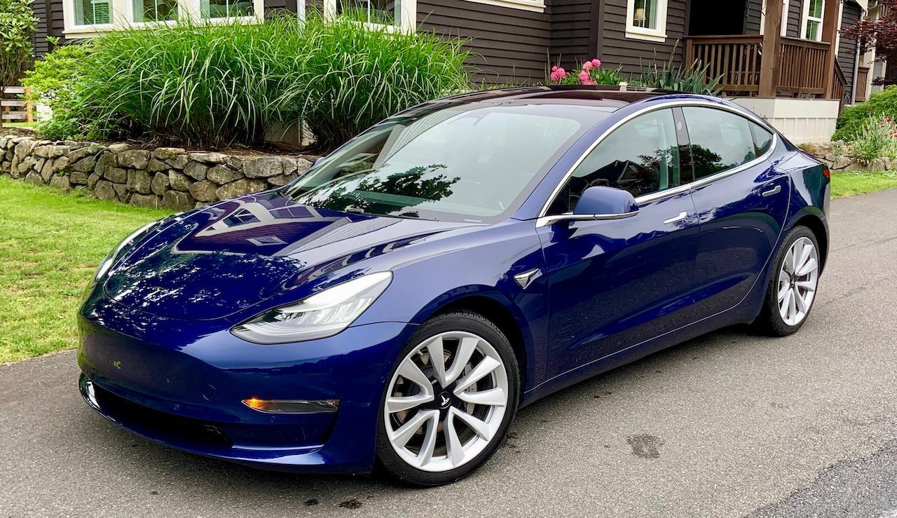 Model 3 / 2018 / Deep Metallic Blue - 6b33f   Only Used Tesla