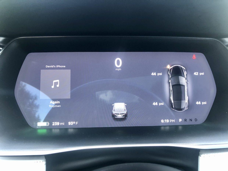 Model S / 2017 / Obsidian Black - 9413c | Only Used Tesla