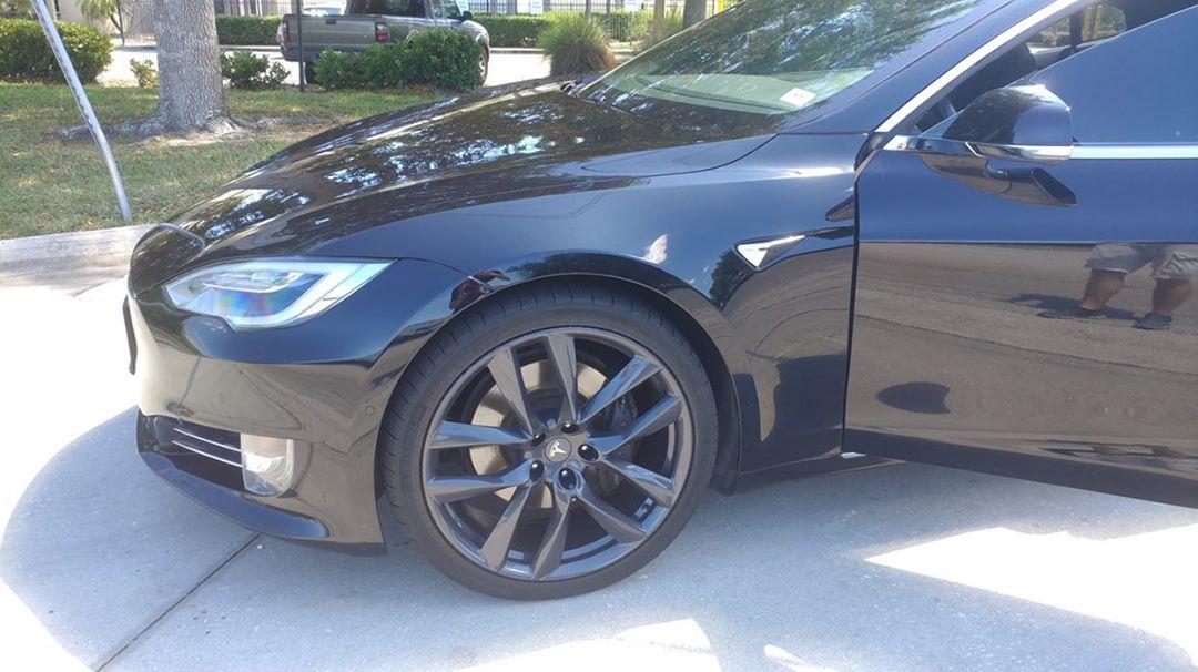 Model S / 2017 / Obsidian Black Metallic - e0ffc   Only ...