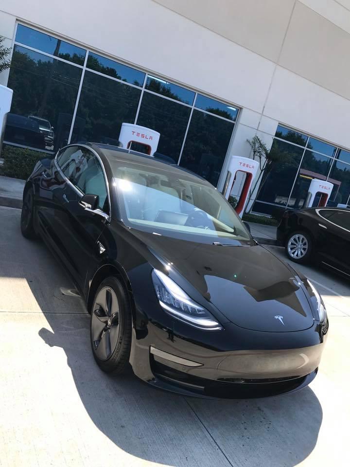 Model 3 / 2019 / Black - 10856   Only Used Tesla