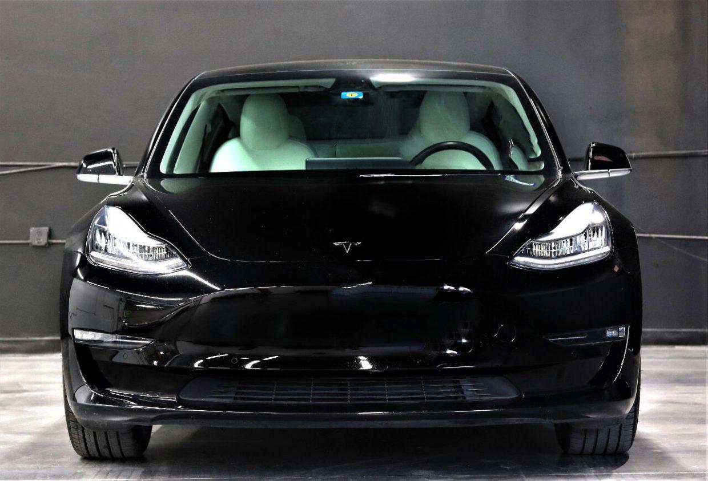 Model 3 / 2019 / Black - 4ad9c   Only Used Tesla